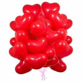 Облако из 30 красных сердец