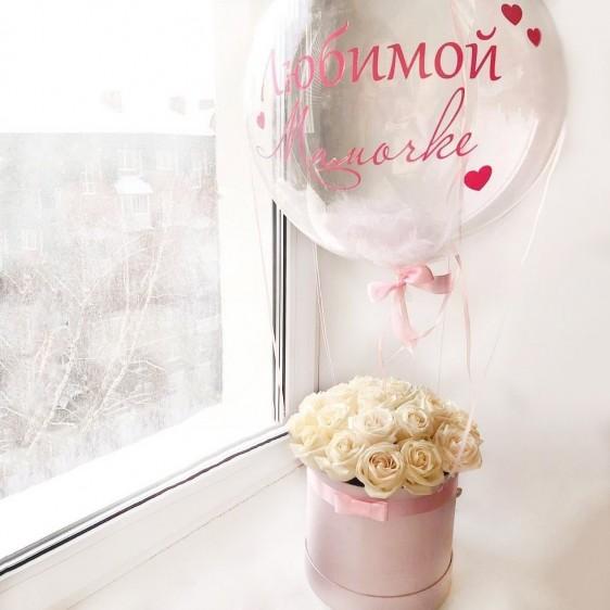 Коробка из 19 роз с Deco Bubble (24''/61 см), с надписью и перьями