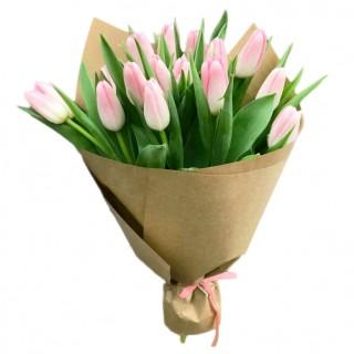 Букет из 15 розовых тюльпанов