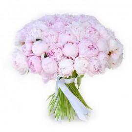 """Букет из 55 нежно-розовых пионов """"Сара Бернар"""""""