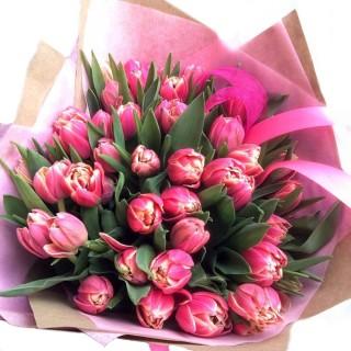 """Букет из 25 пионовидных тюльпанов """"Колумбус"""""""