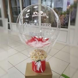 Коробка из 19 пионовидных роз с шаром Deco Bubble