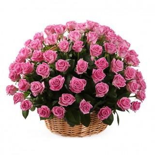 """Корзина из 75 роз """"Аква"""""""