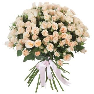 """Букет из 29 кремовых кустовых роз """"Яна"""", 60 см"""