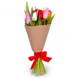 Букет из 9 ассорти тюльпанов